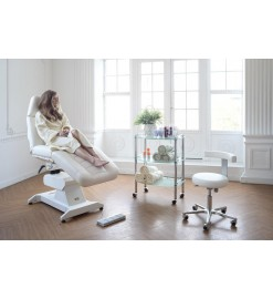 Косметологическое кресло Ондеви-4 с пультом дистанционного управления